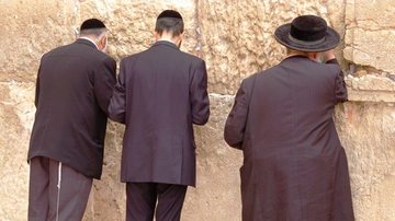 Kotel praying